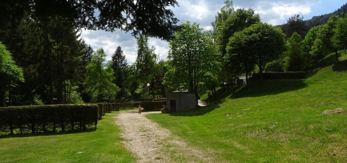 Camping de Belle Hutte-emplacements vides-Les Pieds dans l'Eau