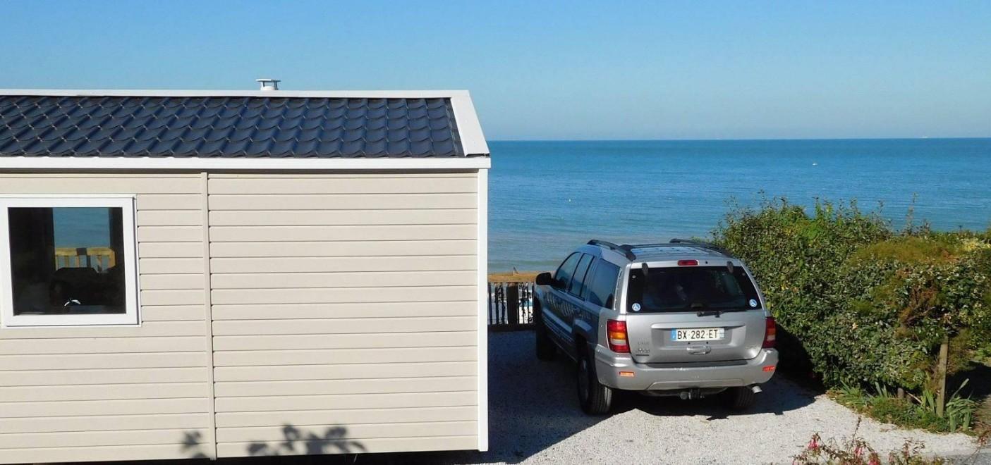 Camping de La Plage Houlgate-locatif vue mer-Les Pieds dans l'Eau