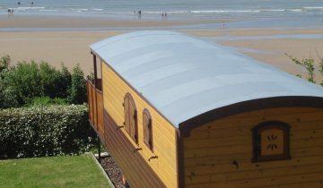 Camping de La Plage Houlgate-roulotte vue mer-Les Pieds dans l'Eau 2