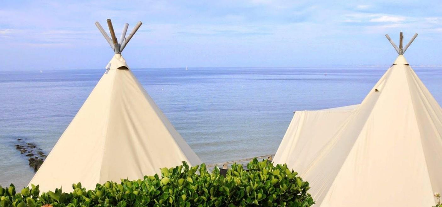 Camping de La Plage Houlgate-tipis vue mer-Les Pieds dans l'Eau