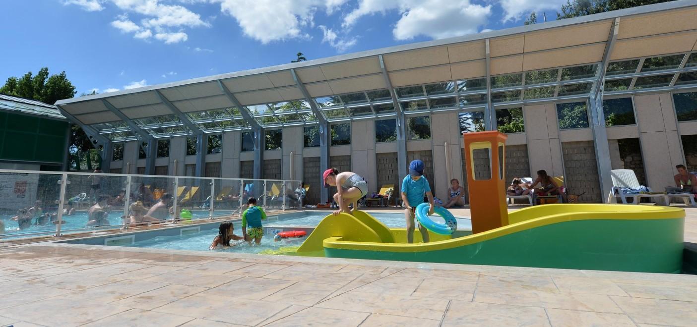 Camping de La Plage Trinité-piscine-Les Pieds dans l'Eau