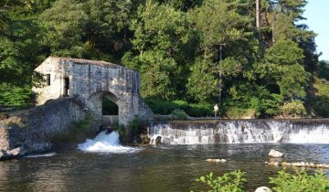 Camping Domaine de Gil-rivière-Les Pieds dans l'Eau