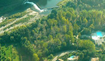 Camping Domaine de Gil-vue aérienne-Les Pieds dans l'Eau 2