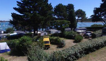 Camping du Bilouris-emplacements vue mer-Les Pieds dans l'Eau