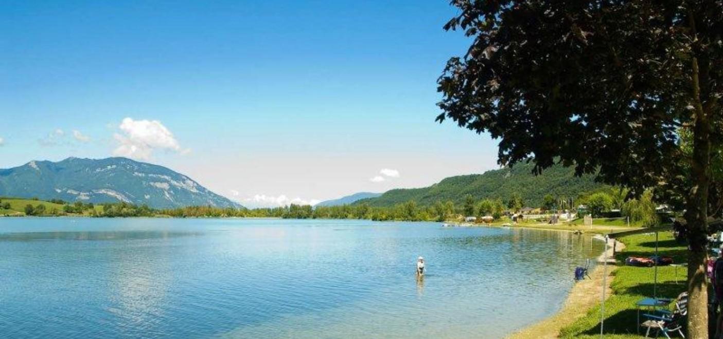 Camping du Lac du Lit du Roi-lac-Les Pieds dans l'Eau