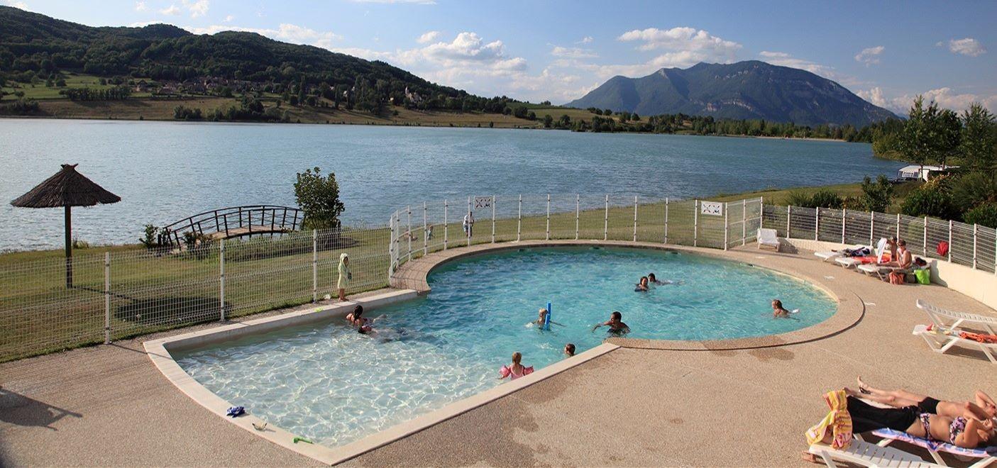 Camping du Lac du Lit du Roi-piscine-Les Pieds dans l'Eau