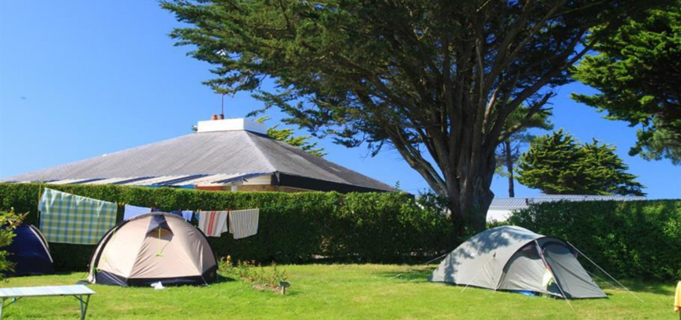 Camping Du Port-emplacement-Les Pieds dans l'Eau
