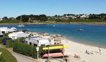 Camping Du Port-emplacement vue mer-Les Pieds dans l'Eau 3