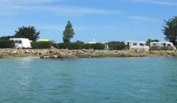 Camping Du Port-emplacement vue mer-Les Pieds dans l'Eau 4