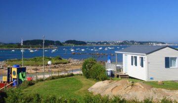Camping Du Port-locatif vue mer-Les Pieds dans l'Eau 2