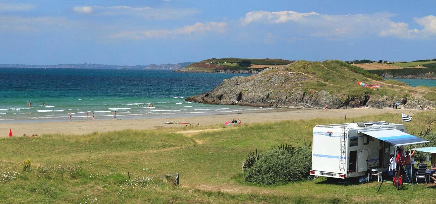 Camping La Plage de Treguer-emplacement vue mer-Les Pieds dans l'Eau