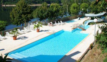 Camping La Source-piscine-Les Pieds dans l'Eau
