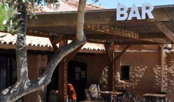 Camping Le Fun-bar-Les Pieds dans l'Eau