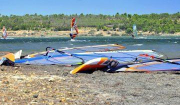 Camping Le Fun-windsurf-Les Pieds dans l'Eau