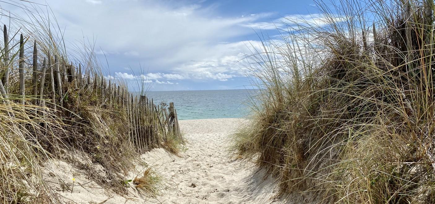 Camping Le Helles-accès à la mer-Les Pieds dans l'Eau