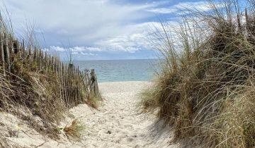 Camping Le Helles-chemin d'accès à la mer-Les Pieds dans l'Eau