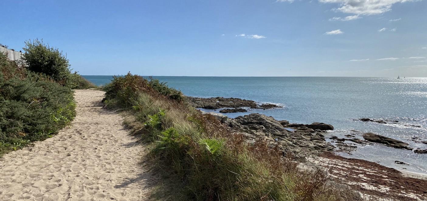 Camping Le Helles-plage-Les Pieds dans l'Eau