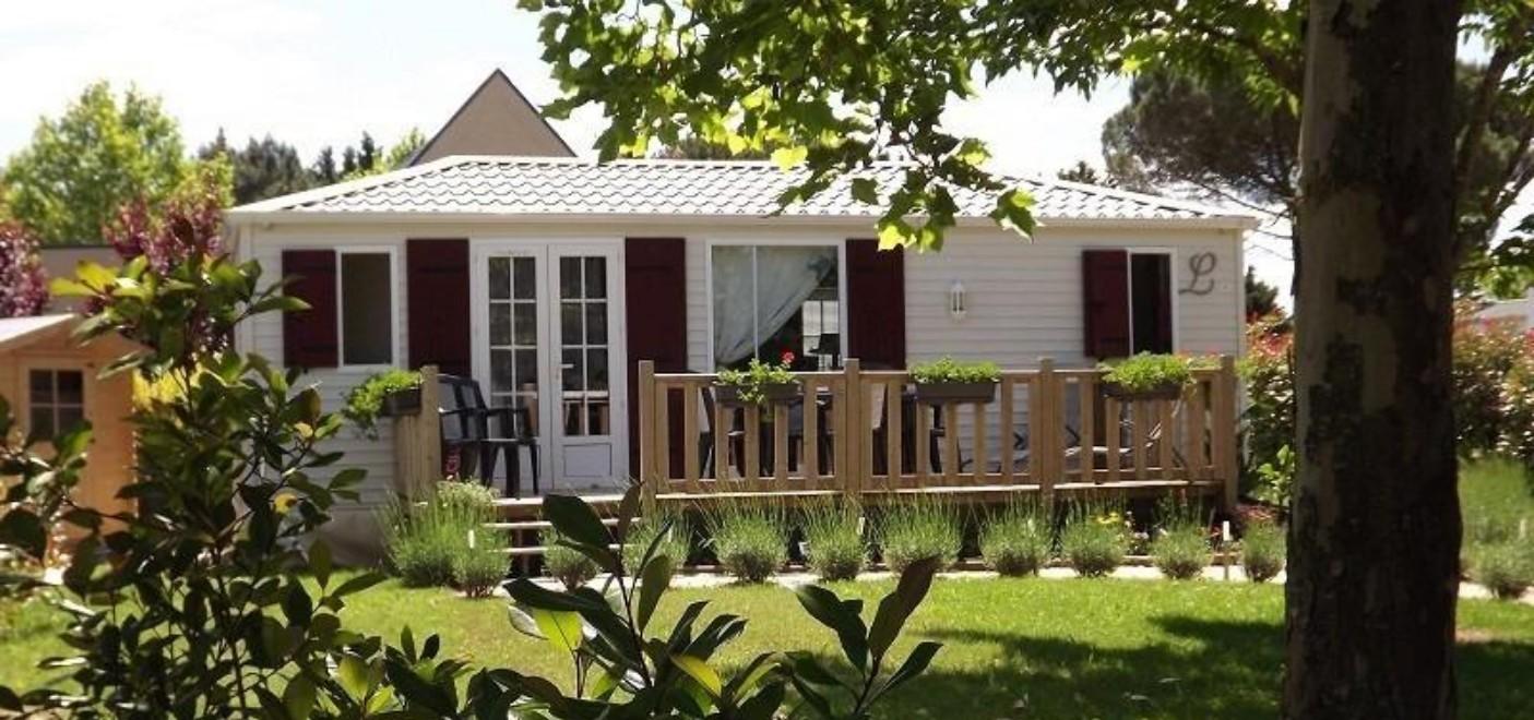 Camping Le Paradou-locatif-Les Pieds dans l'Eau 3