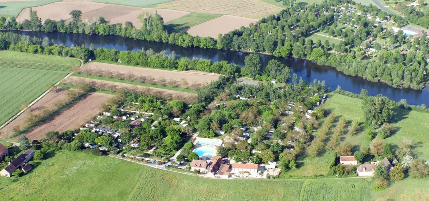 Les Pieds Dans L'eau : Camping Le Perpetuum Vue Aérienne Les Pieds Dans L'eau 2