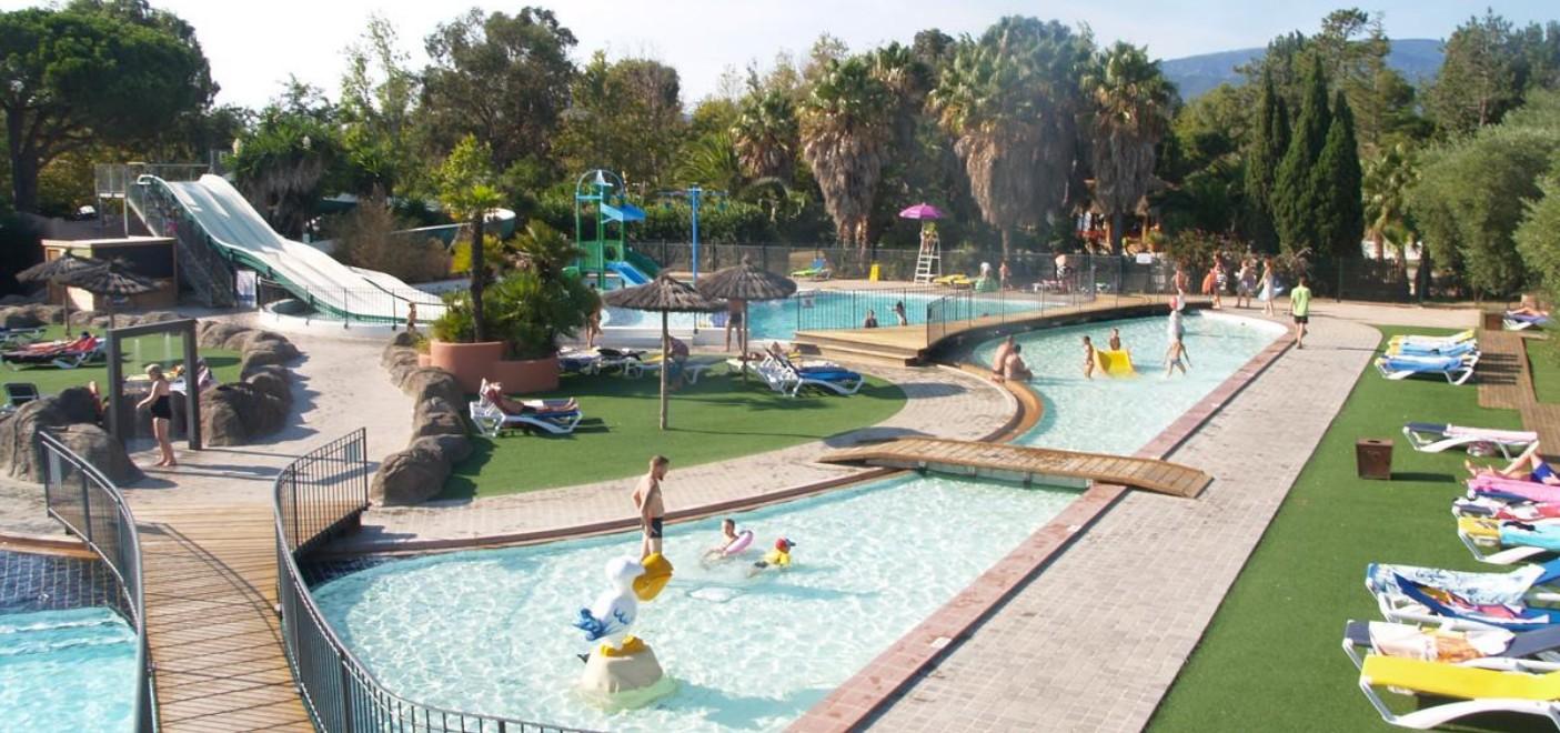 Les Pieds Dans L'eau : Camping Le Soleil Argelès Parc Aquatique Les Pieds Dans L'eauCamping Le Soleil Argelès-parc aquatique-Les Pieds dans l'Eau