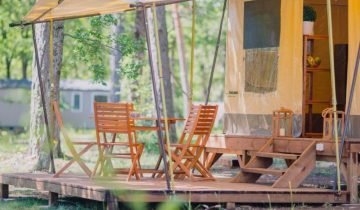 Camping Le Soleil Esparron-locatif-Les Pieds dans l'Eau