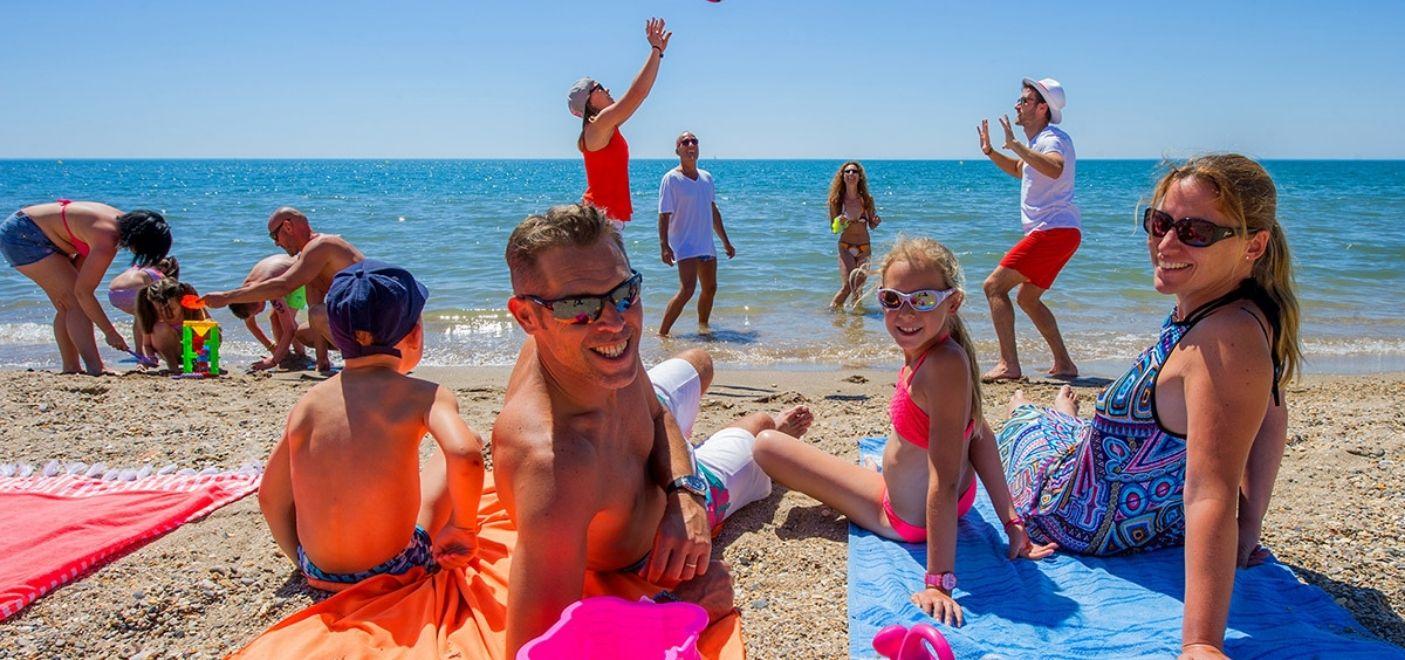 Camping Méditerranée Plage-plage-Les pieds dans l'eau