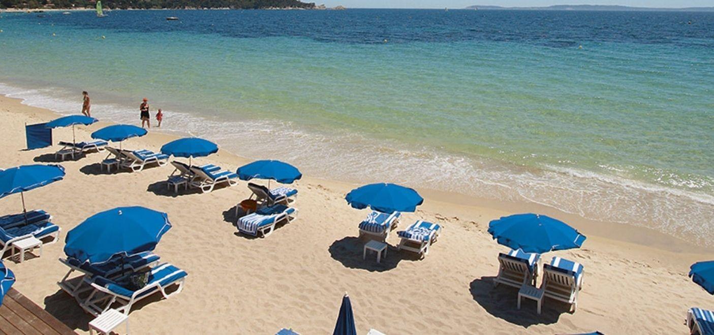 Grand Hotel Moriaz-plage aménagée-Les Pieds dans l'Eau 2