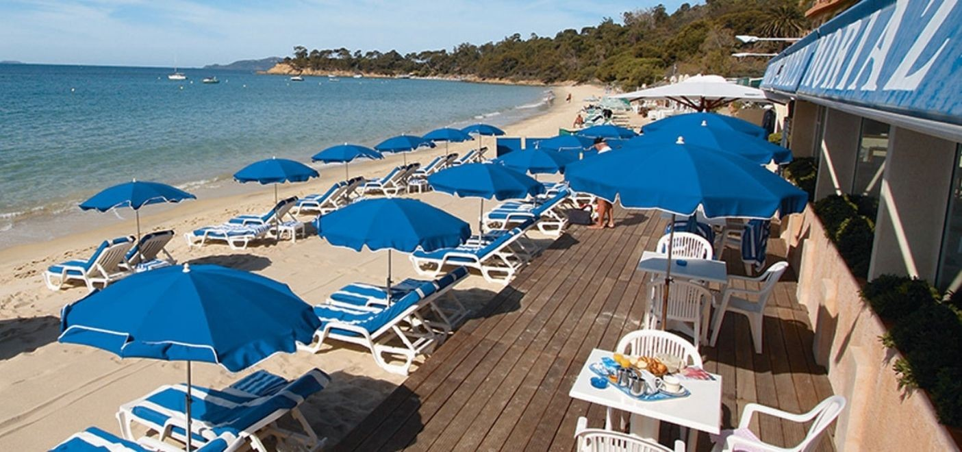 Grand Hotel Moriaz-terrasse vue mer-Les Pieds dans l'Eau