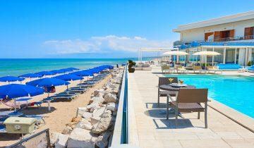 Hôtel La Battigia-piscine vue mer-Les Pieds dans l'Eau