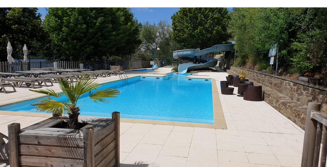 Les Pieds Dans L'eau : camping La Source Aveyron - piscine