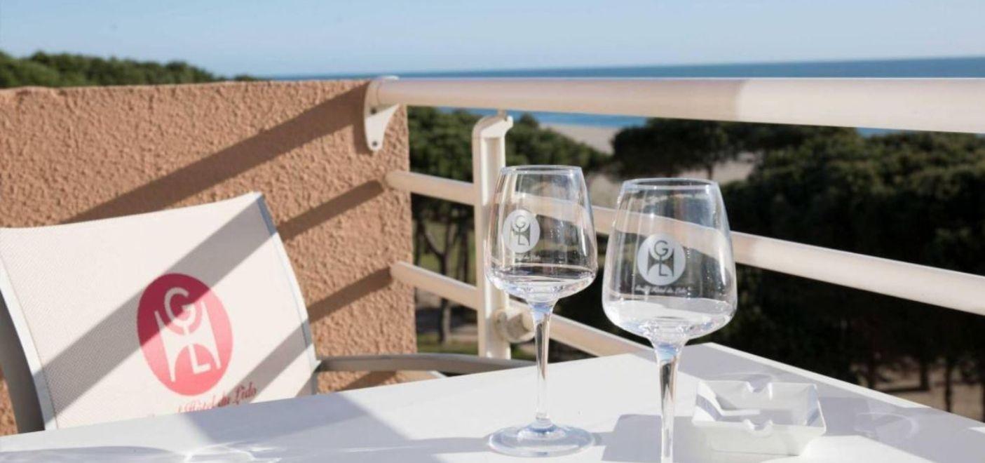 Grand Hotel du Lido-balcon vue mer-Les Pieds dans l'Eau