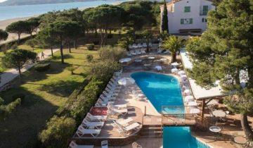 Grand Hotel du Lido-vue aérienne piscine-Les Pieds dans l'Eau 2