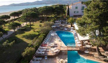 Grand Hotel du Lido-vue aérienne piscine-Les Pieds dans l'Eau