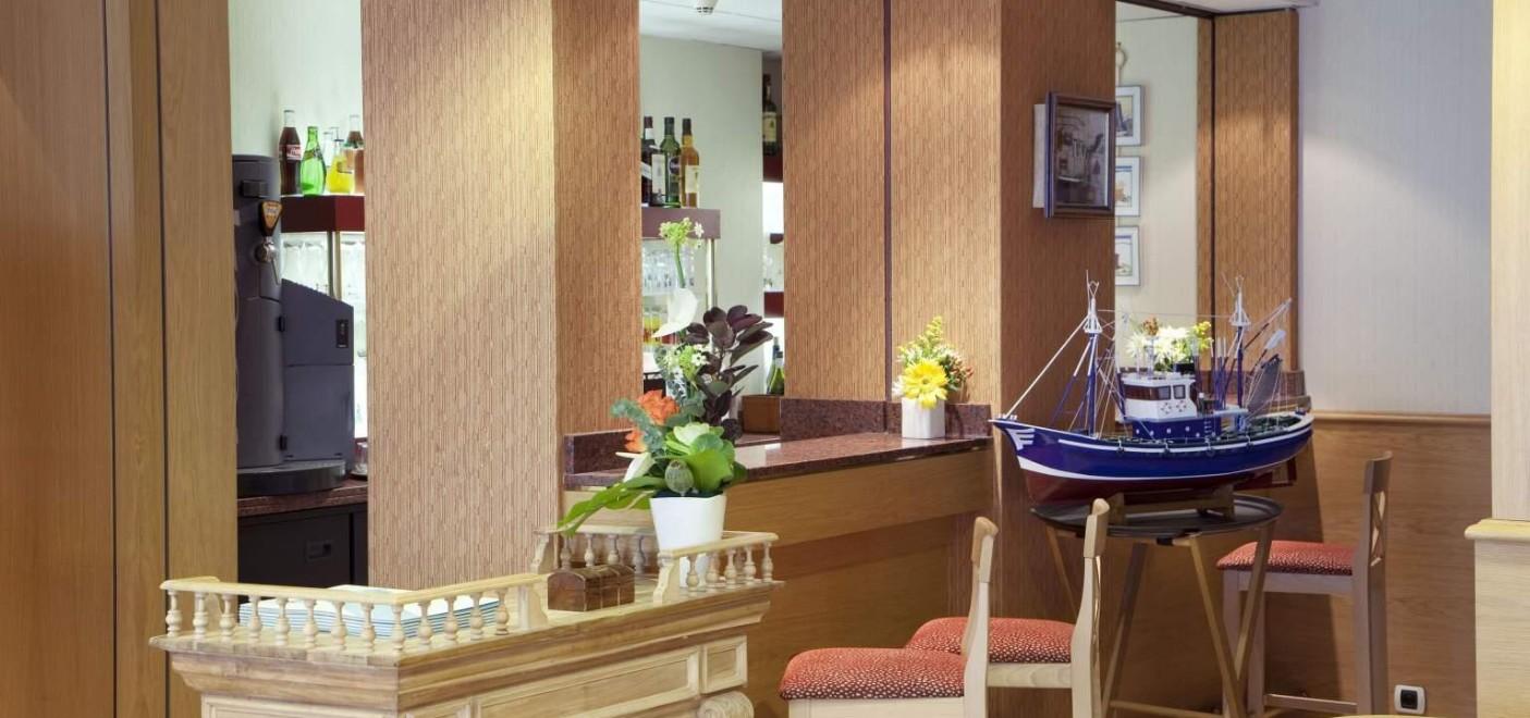 Hôtel Alexandra-intérieur hôtel-Les Pieds dans l'Eau