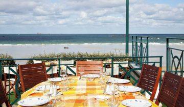 Hôtel Alexandra-table vue mer-Les Pieds dans l'Eau