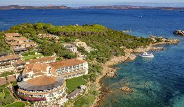 Hôtel Baja Sardinia-vue aérienne-Les Pieds dans l'Eau 2
