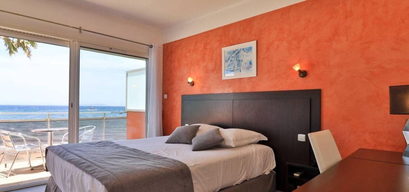 Hôtel La Potinière-chambre vue mer-Les Pieds dans l'Eau