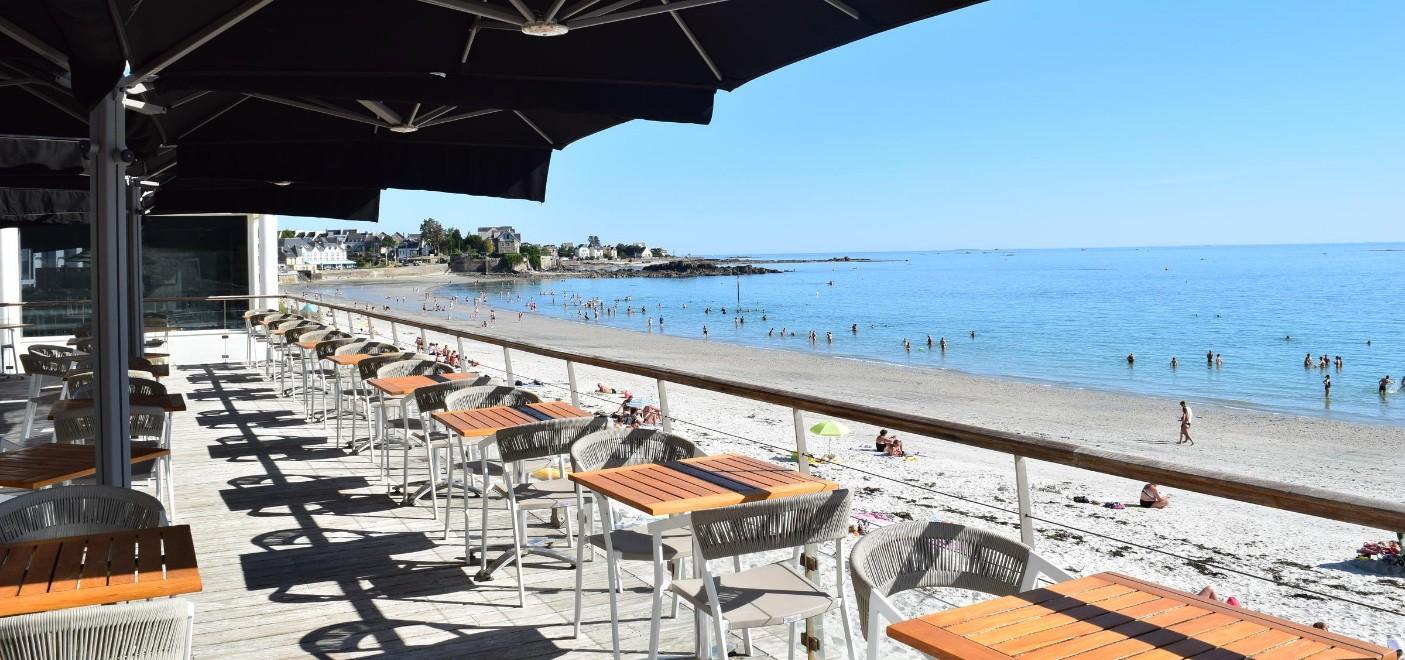 Hôtel Les Sables Blancs-restaurant terrasse vue mer-Les Pieds dans l'Eau