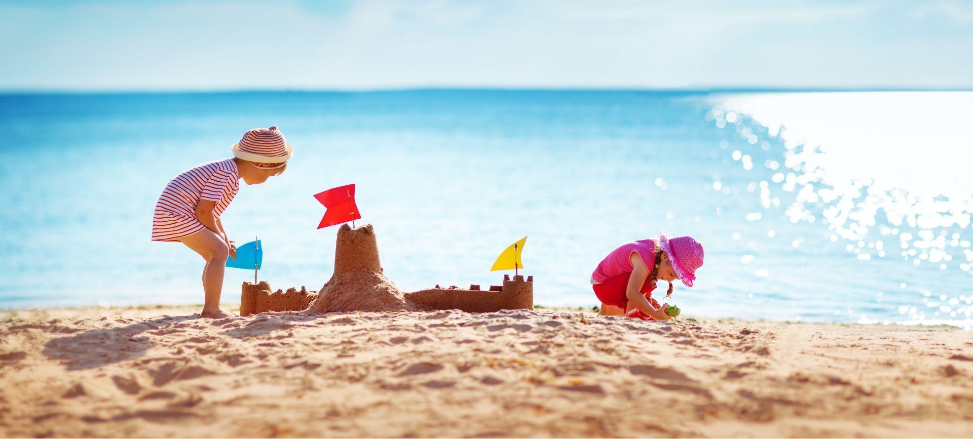Les Pieds dans l'Eau - enfant plage