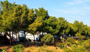 Camping Rais Gerbi-emplacements-Les Pieds dans l'Eau