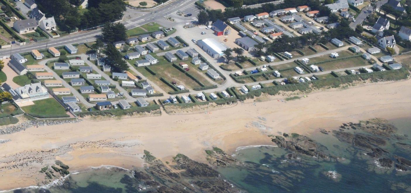 Camping La Falaise-vue aérienne-Les pieds dans l'eau2