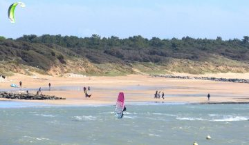 Camping Les Flots Atlantique-activités nautiques-Les pieds dans l'eau