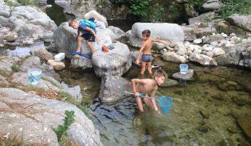 Camping La Salendrinque-Les pieds dans l'eau - Rivière