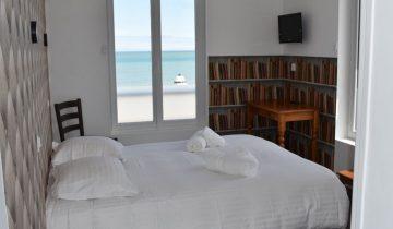 Hôtel Le Clos Normand - Chambre vue mer 2 - Les pieds dans l'eau