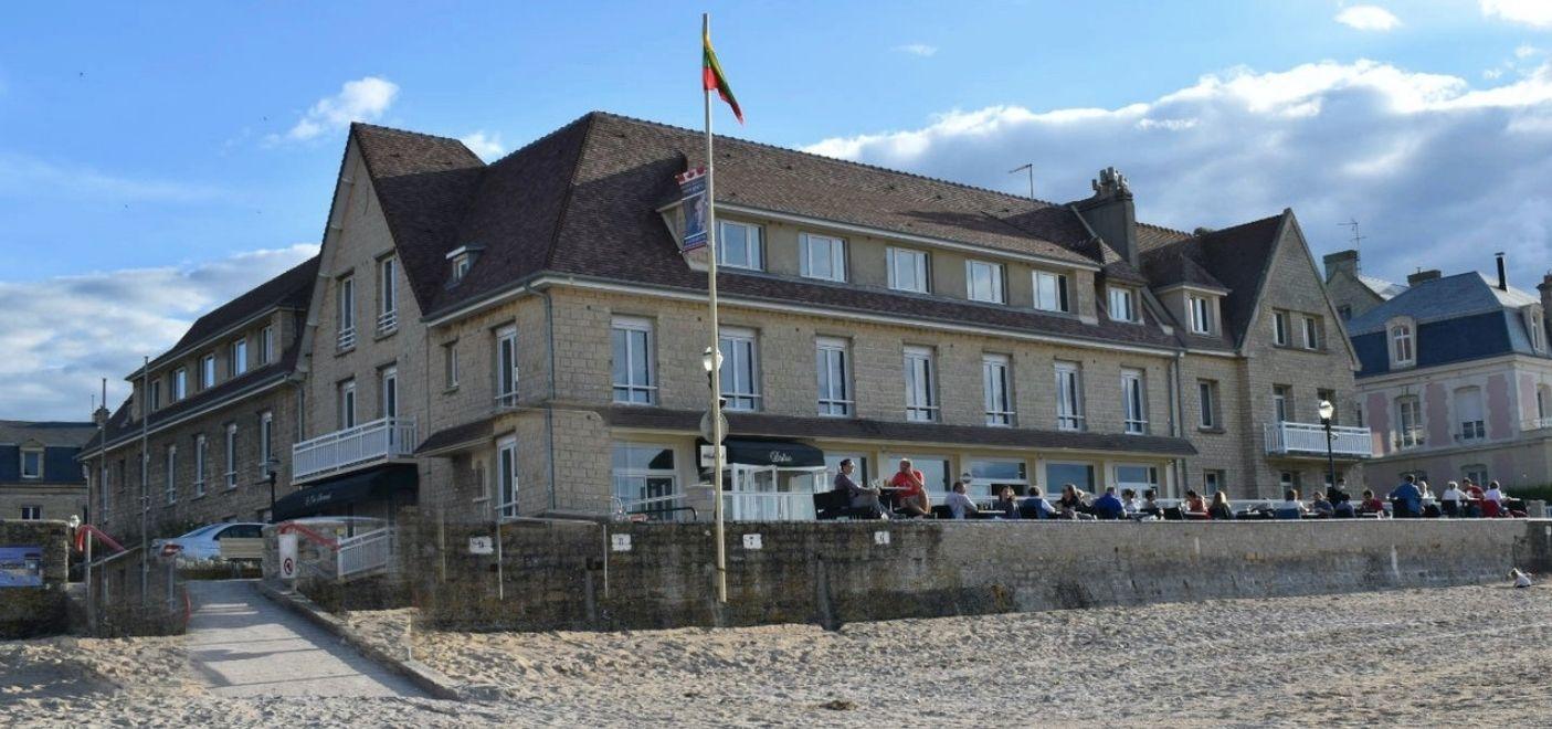 Hôtel Le Clos Normand - Hôtel - Les pieds dans l'eau
