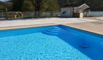 Les Pieds Dans L'eau : Lac Negenou - piscine extérieure
