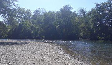 Camping Le Chassezac-Bord de rivière-Les pieds dans l'eau2