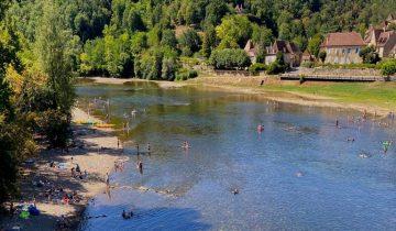 Camping Le Port de Limeuil - Plage vue aérienne - Les pieds dans l'eauLes Pieds Dans L'eau : Camping Le Port De Limeuil Plage Vue Aérienne Les Pieds Dans L'eau