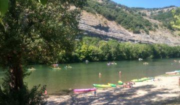 Camping Bonhomme - Rivière - Les pieds dans l'eau