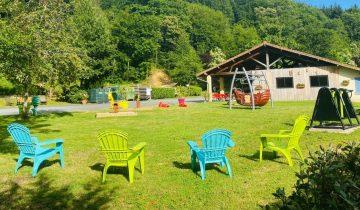 Camping La Chatonnière - Aire de jeux - Les pieds dans l'eau